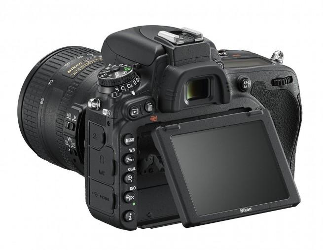 Nikon D750 Tilting LCD Screen