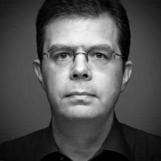 Oliver M. Zielinski, Owner of PrimePhoto