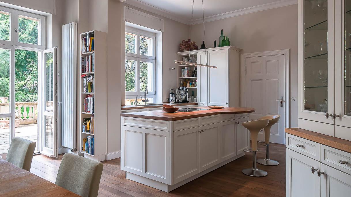 Küche in historischem Gebäude - Immobilienfotos - PrimePhoto