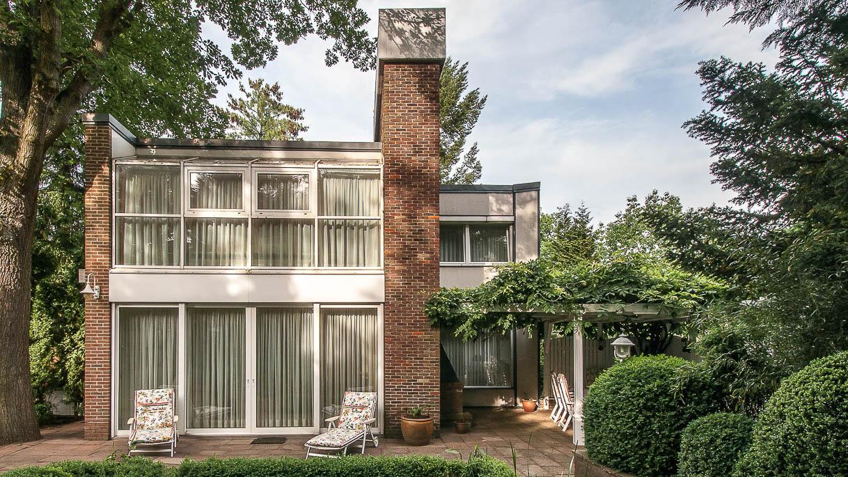Architektenhaus, Immobilienfotos von der Garten-Seite - PrimePhoto